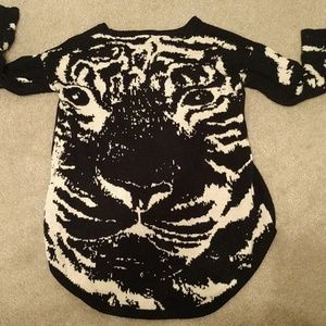 Forever 21 Sweaters - Forever 21 Amazing Tiger Sweater